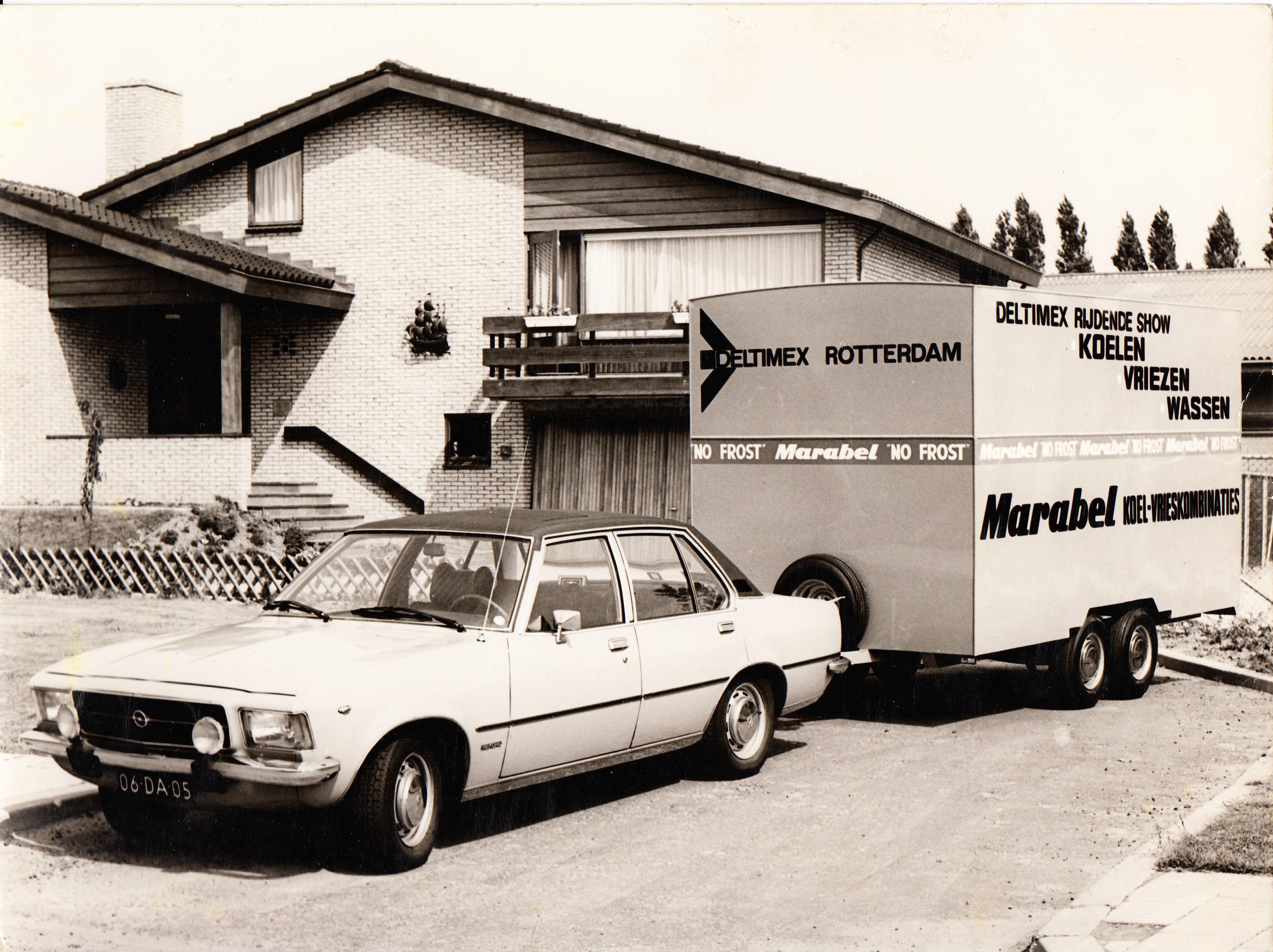 1965 - Productie van tandemasser aanhangwagen