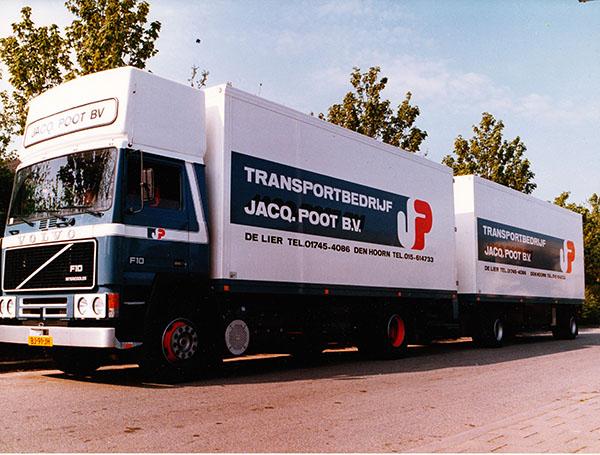 1986 - Productie van eerste geconditioneerde vrachtwagencombinaties