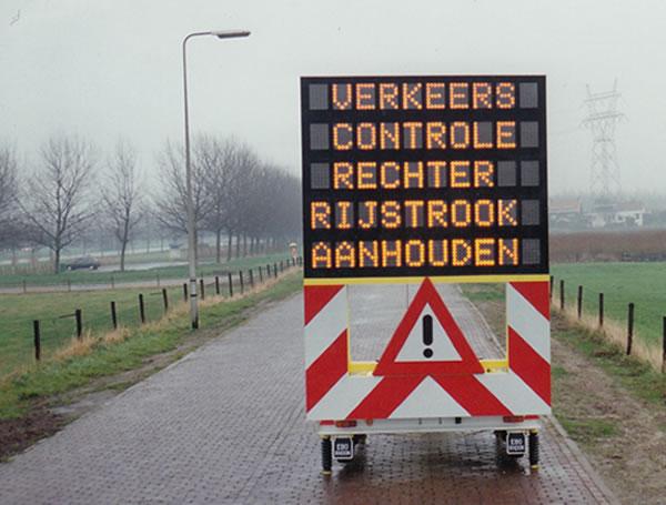 Ontwikkeling van eerste tekstwagen in Nederland