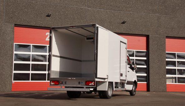 Diepvries carrosserie op Mercedes Sprinter voor Schmidt Zeevis met compartimenten - vistransport