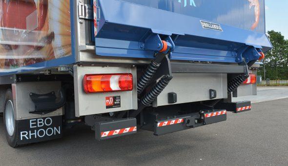 Vistransport met diepvries opbouw op Mercedes Atego voor firma Hollemans