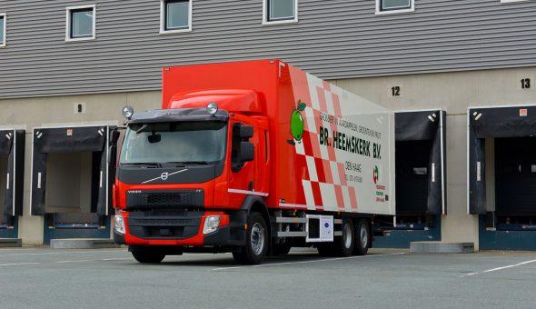 Groente en fruit carrosserie opgebouwd op een Volvo motorwagen