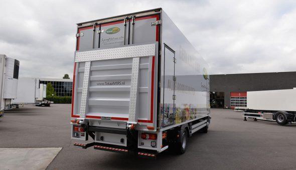 Isotherm carrosserie op Mercedes Antos opbouw voor Totaalvers