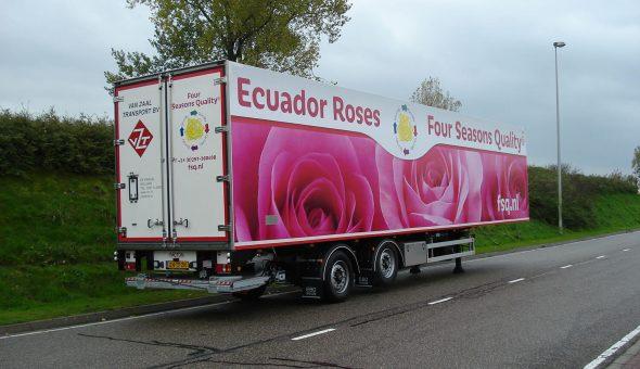 Isotherm oplegger voor bloemen transport met Pacton chassis - van zaal transport