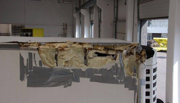 Schade en herstelwerkzaamheden aan vrachtwagen carrosserie