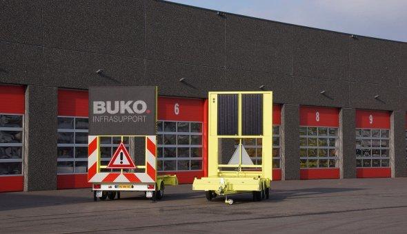BUKO Infrasupport investeert in twee tekstwagens op zonne-energie