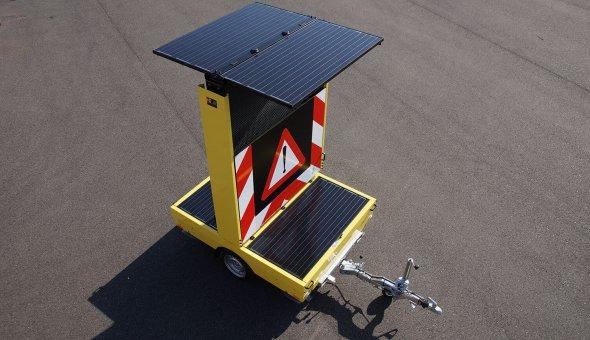CO2 neutrale tekstkar op zonne-energie en aangestuurd via Traffic Fleet
