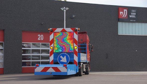 Geleverd aan Transpo-Nuth botsabsorber 100K met LED-display voor betere zichtbaarheid tijdens wegwerkzaamheden