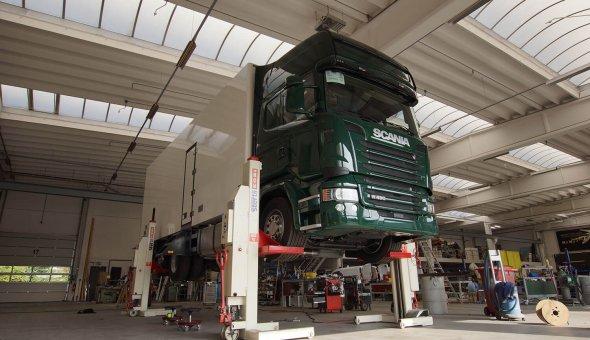 Onderhoud aan carrosserie en vrachtwagen voor een lange levensduur