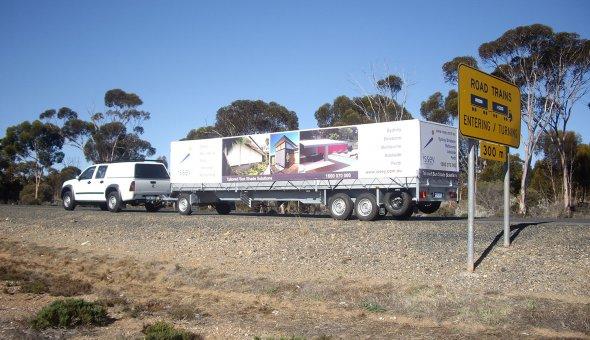 Australische klant geimporteerd Nederlands schamelwagen van EBO van Weel B.V.