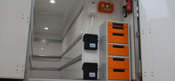 Gesloten aanhangwagen met koelmachine uitgevoerd als geconditioneerde aanhangwagen