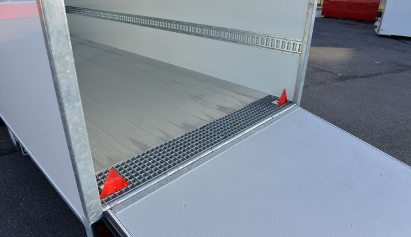 Gesloten bloemen aanhangwagen 3-assige met load-lok ladingrails