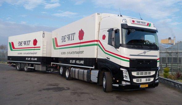 Isotherm combinatie opgebouwd op en Volvo FH voor A. de Wit transport voorzien van TRS koeling