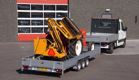 Maatwerk aanhangwagen voor landbouwvoertuigen - oprijwagen