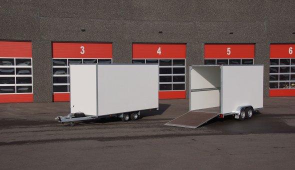 Tandemasser bloemenwagen met betonplex vloer en plywood panelen