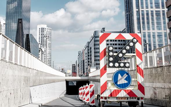 BUKO Infrasupport Pijlwagen op Weena in Rotterdam klein