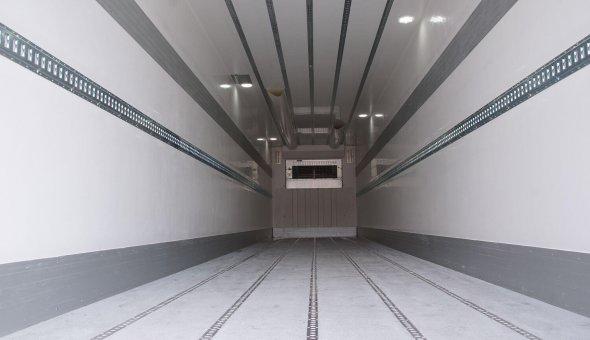 6x koelvries trailer 3-assige voor van der Haas Transport isobox polyester opbouw