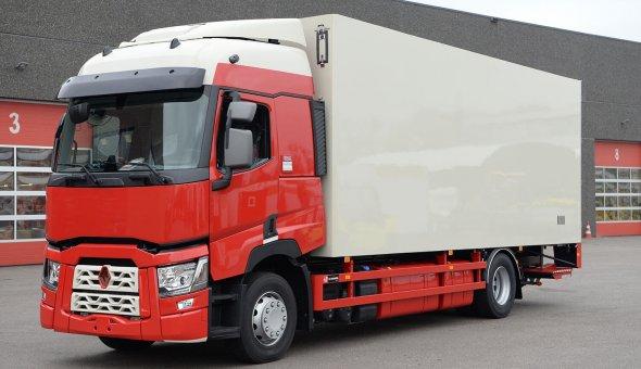 Geïsoleerde bakwagen voor Breewel Transport op Renault met polyester opbouw