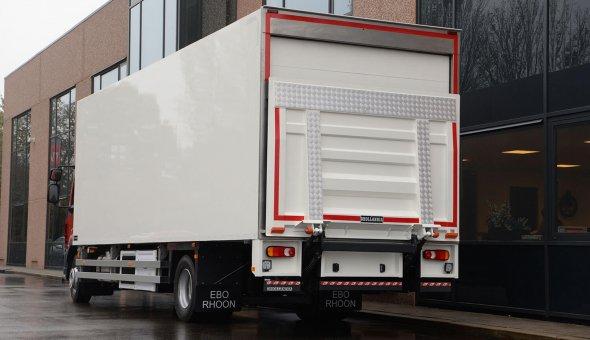 Nieuwe isotherm opbouw voor Turkse supermarkt - DAF LF vrachtwagen