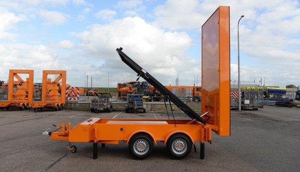 RAIN-wagens solar voor Vermeulen Groep ingezet tijdens maawerkzaamheden en calamiteiten