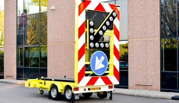5x Solar Pijlwagen voor BUKO Wegwijscombinatie v.o.f