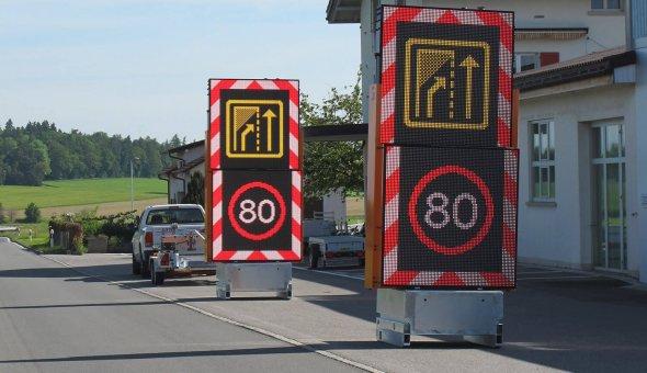34x Totems om wegafzettingen voor wegwerkers veiliger te maken (6)