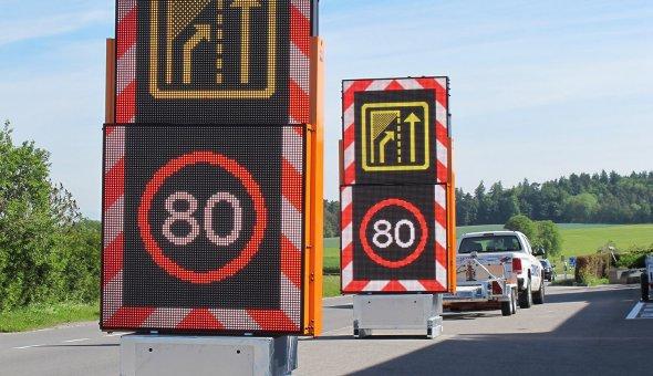 34x Totems om wegafzettingen voor wegwerkers veiliger te maken (7)