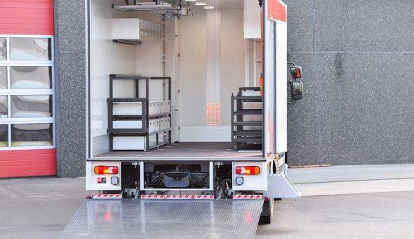 Maatwerk gesloten carrosserie voor industriele toepassingen Peinemann Mobilift Group