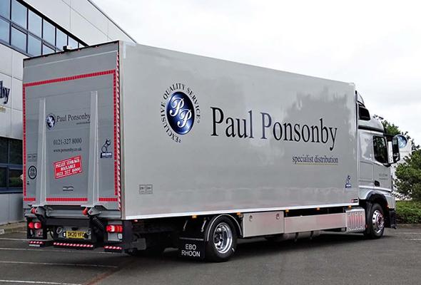 Tweede geïsoleerde carrosserie Paul Ponsomby UK (7)