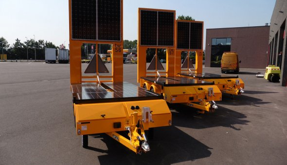 80x80 pixels VMS-trailer for construction company Heijmans on solar energy