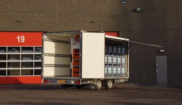 Custom build box trailer built voor Ryem Industrial Services built from plywood panels en load-lok rails