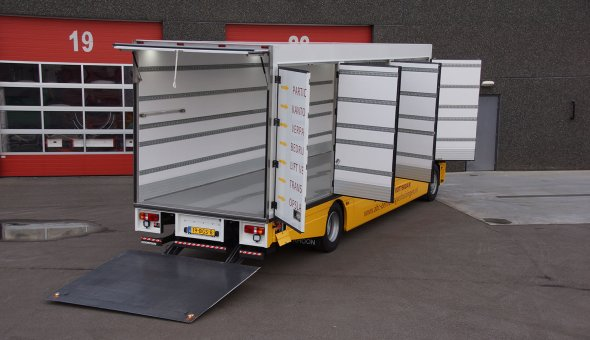 Custom made isothermal box body made for meat transport