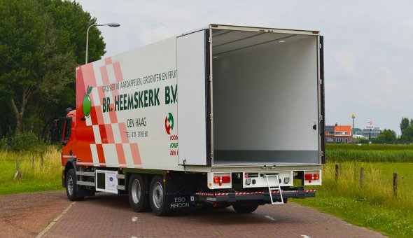 Flower transport on Volvo truck body with a refrigeted box body