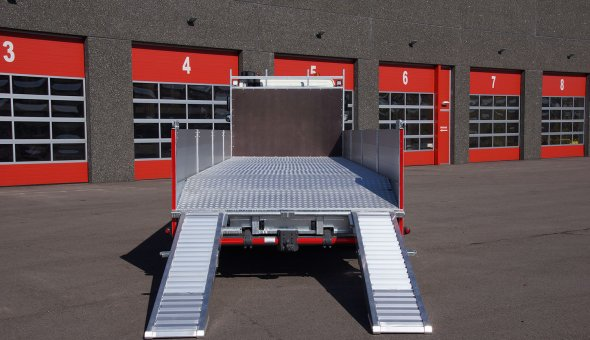 Heavy Duty platform truck bodies with alumium sides and hardwood