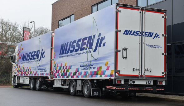 Isotherm truck combination on Mercedes Actros with Thermoking cooling and Draco Sneek trailer