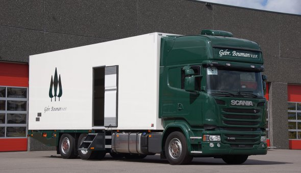 Isotherm truckcombination build on a Scania truck