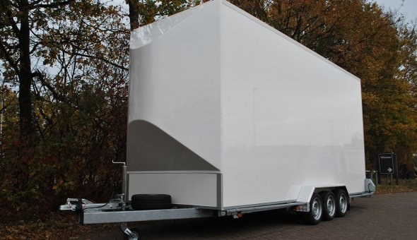 Triple axle flower trailer with Load-lok and plywood panels