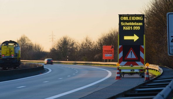 30x full-colour VMS-trailer for Fero Signalisatie with LED information panel