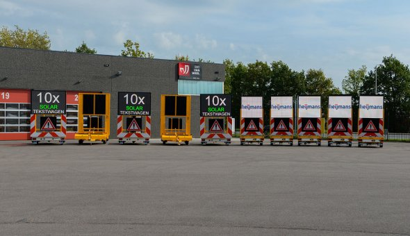 Heijmans Materieelbeheer invests in ten full-colour VMS-trailers